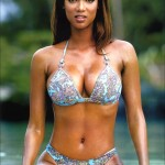 cbreasts_08_tyra_banks